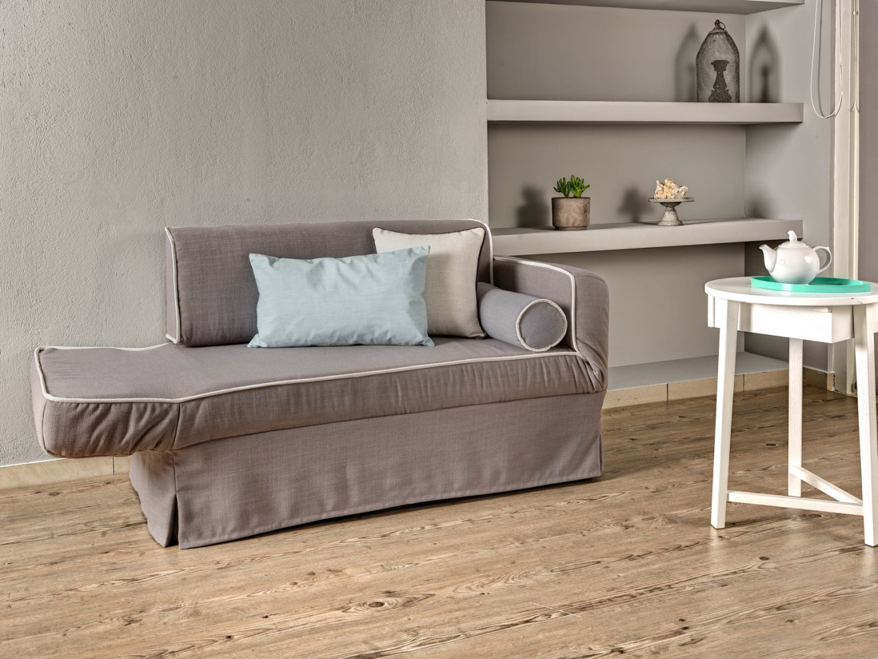 Three or two seater sofa Island / single bed
